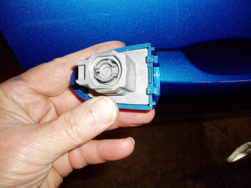 Name:  doorpasslock4a.jpg Views: 56 Size:  97.0 KB